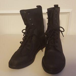 Vintage Women's Waterproof Timberland Boots